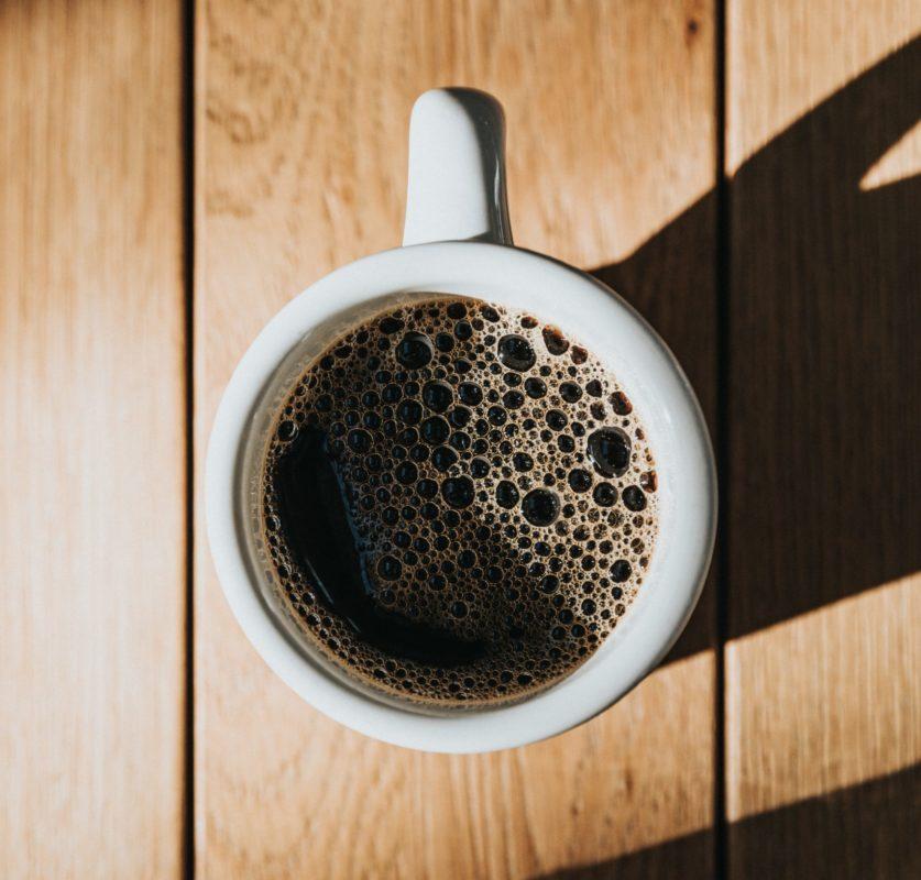 Saiba como tirar as manchas de café